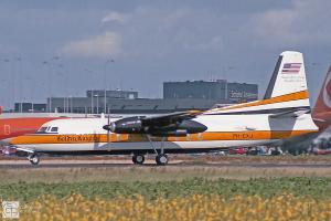 De N27FF, toen nog met testregistratie PH-EXJ op Schiphol in 1985